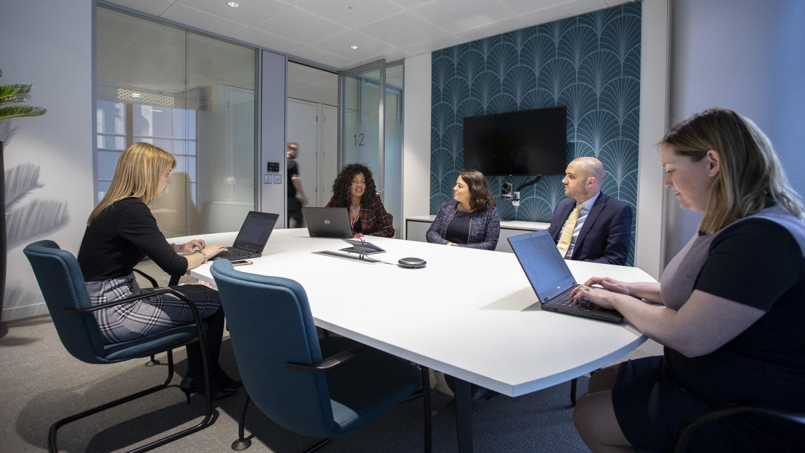 Setting the foundations of workplace digital transformation.